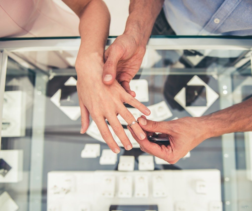 Couple choosing a wedding ring